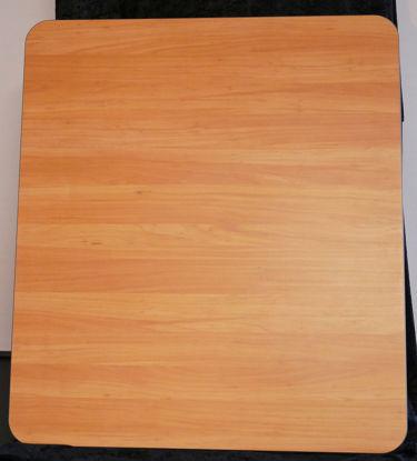 Billede af Bordplade - træfarvet 75 x 85 cm. (Brugt)