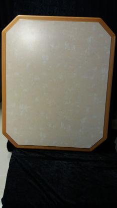Billede af Bordplade - sandfarvet med hvid mønster. 70 x 83 cm. (Brugt)