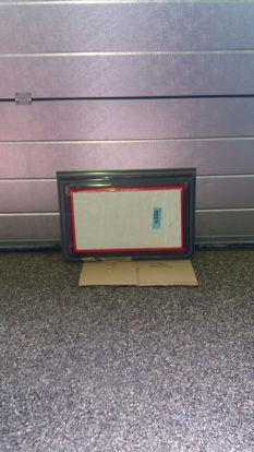 Billede af Brugt vindue 62,5 x 42,5 cm